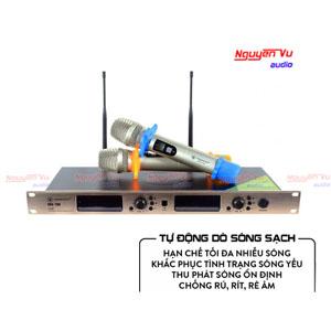 Micro không dây VinaKTV USS 700