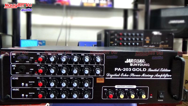 mặt trước amply jarguar 203 gold limited